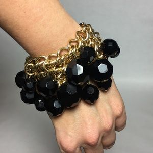 Jewelry - Gold tone and black bead bracelet